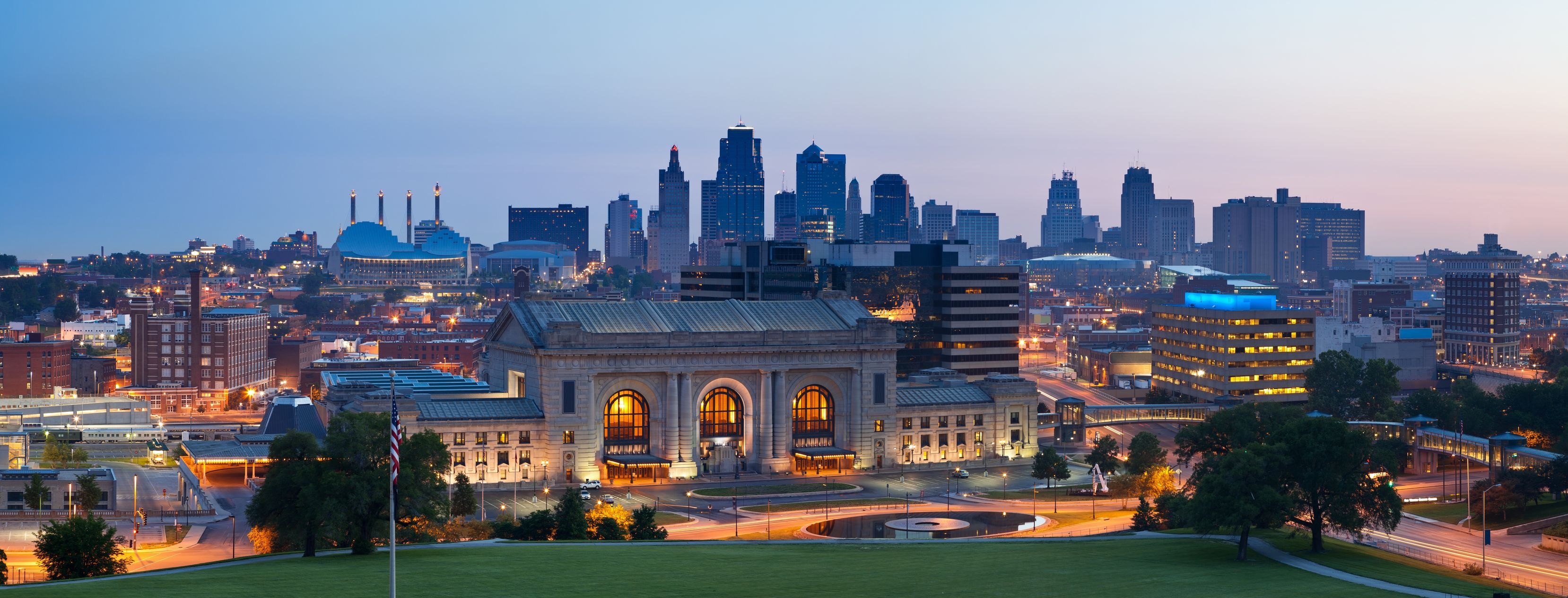 Moving To Kansas City Make The Right Connections For Your Career